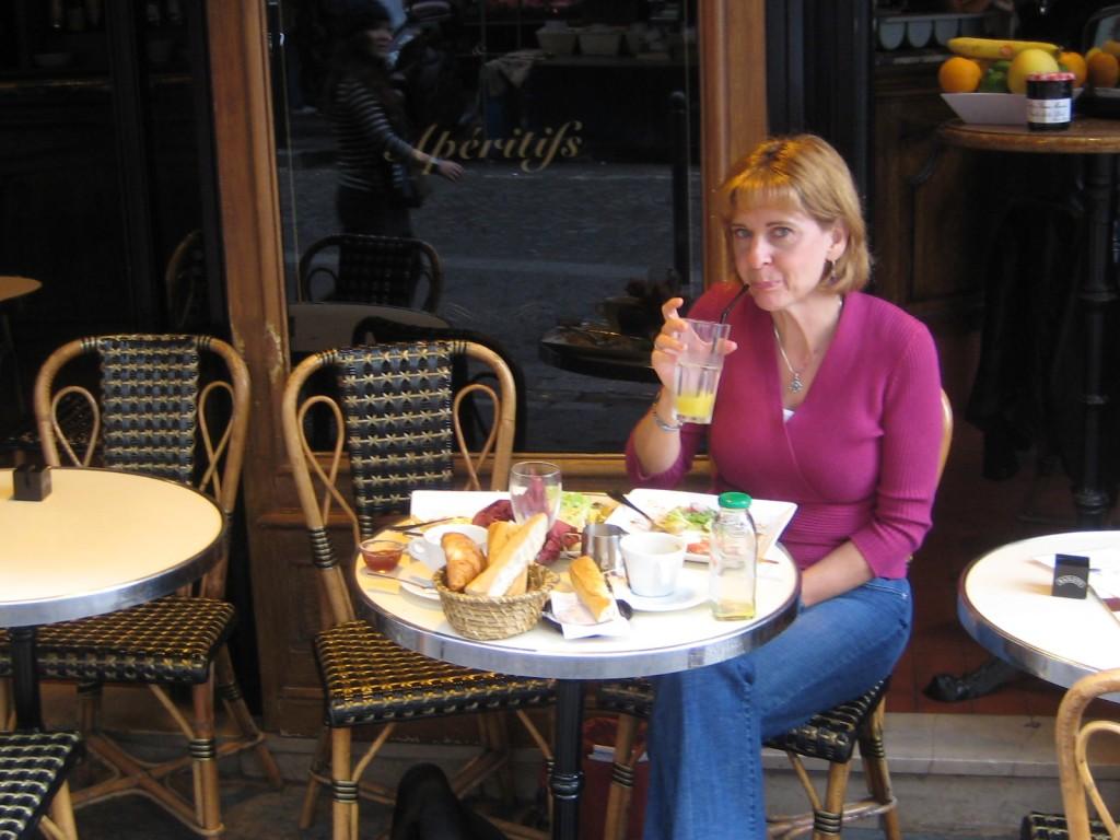 Caroline at the cafe